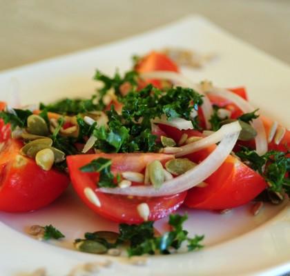 sałatka pomodorowa z nasionami