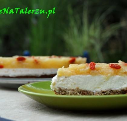 ciasto ananasowe z jagodami goji
