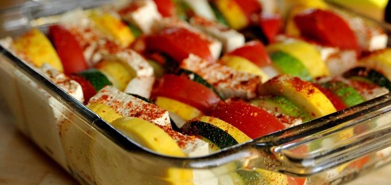 """Warzywa z """"serkiem nacho – przepis dla zapracowanych"""