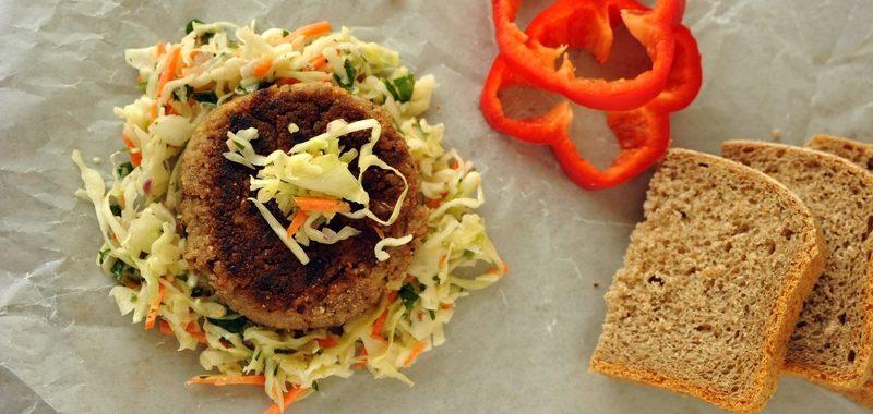 Gryczanex – burger z kaszy gryczanej i tofu
