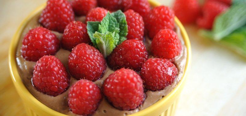 Jagielnik czekoladowy z malinami – mini