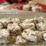 Ciasteczka daktylowo-orzechowe